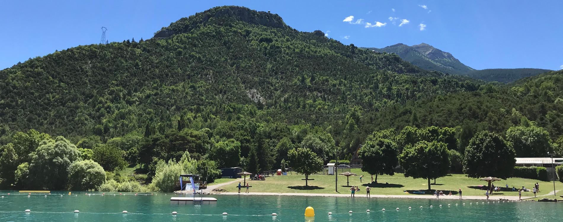 camping_lac_serre_poncon_activites_plage_1900x750